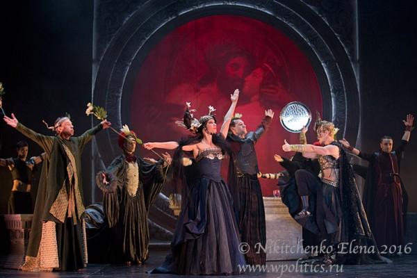 «Калигула» вошел в историю Московского Губернского театра