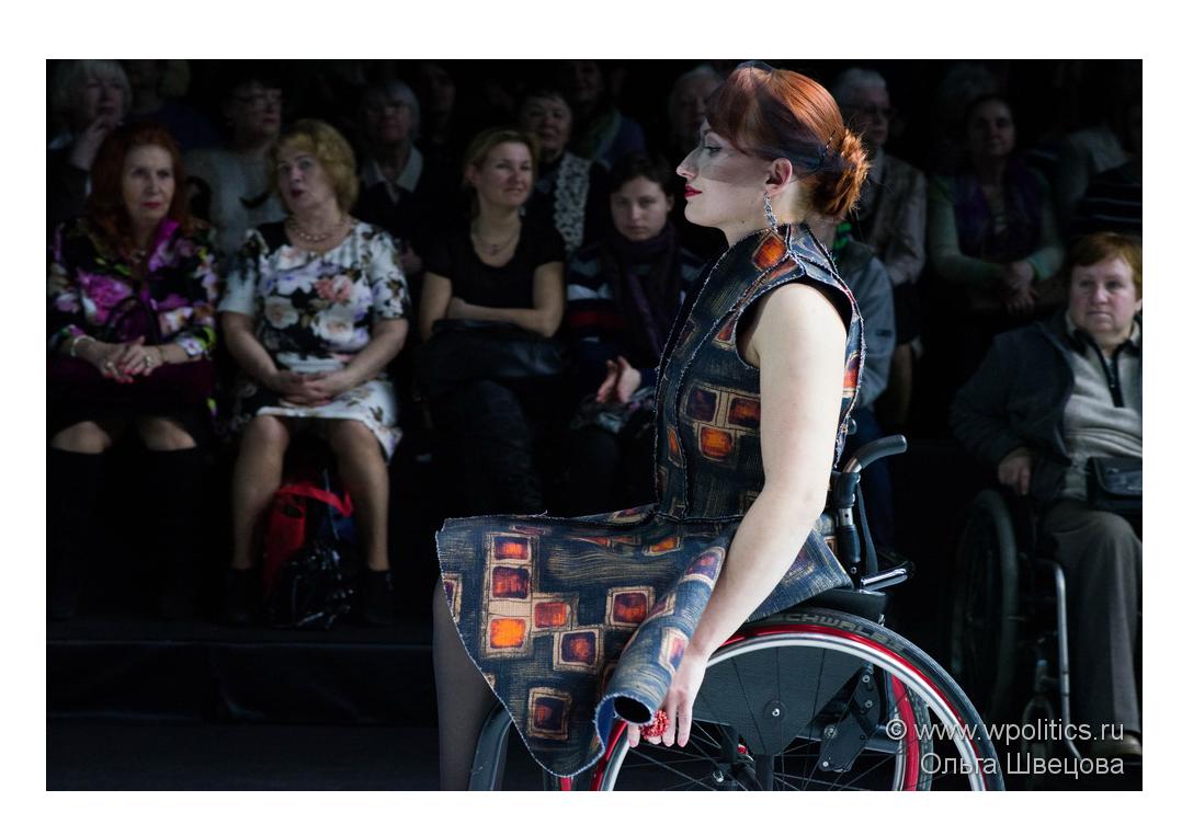 85aac3e82038 «Открытый мир» на подиуме Недели моды в Москве — Мир женской политики