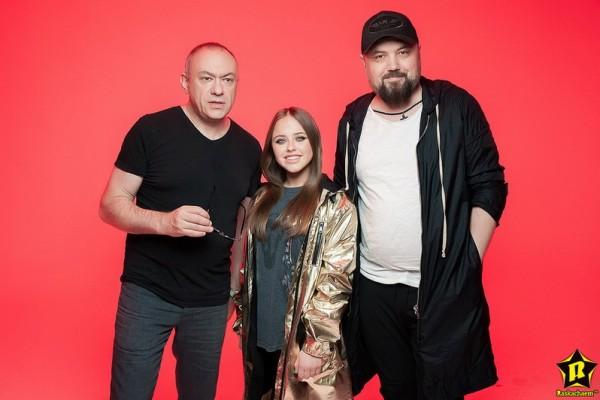 Режиссер Димы Билана и Полины Гагариной  снял Ладе Мишиной космический клип «Мосты»