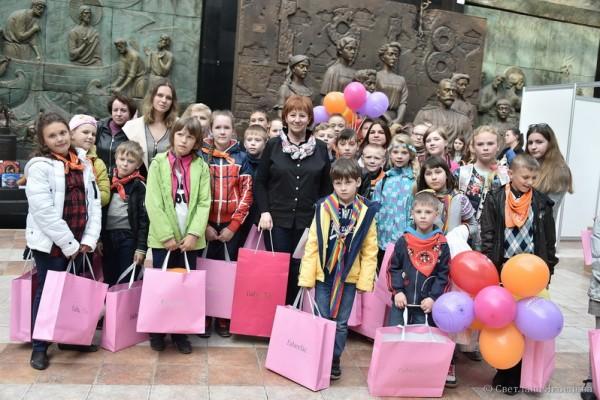 Церемония награждения  талантливых детей, детей-сирот,  детей с ОВЗ ─ Победителей конкурсов Международной премии «Золотой шар»