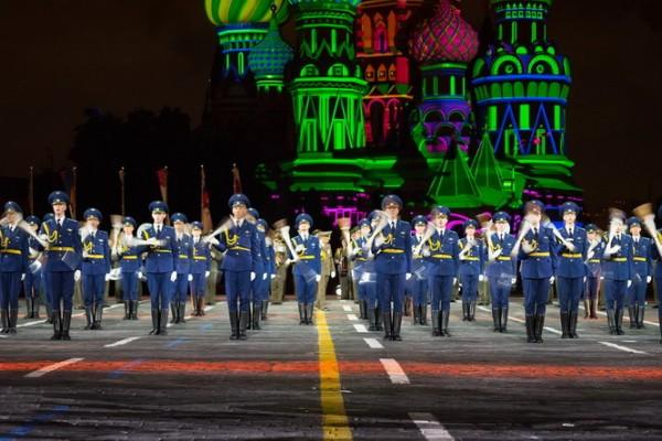 Рота почетного караула и оркестр Вооруженных сил Беларуси  на фестивале «Спасская Башня».