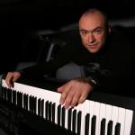 Евгений Кобылянский вывел на сцену героинь песни «Натали»