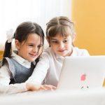 Исследование Учи.ру: цифровые технологии помогают учителям освободить от 5 до 10 полных рабочих дней в году.