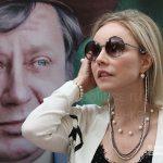 Фотовыставка, посвященная 85-летию со дня рождения Олега Табакова, открылась в Москве
